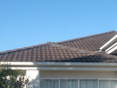 Cooler roof in charcoal